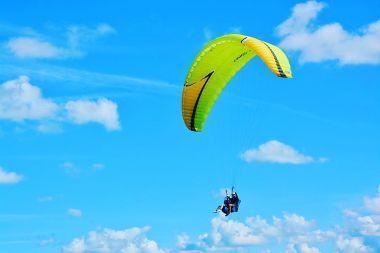 O2 Paragliding