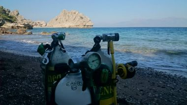 Extreme Divers - Athens by Boat